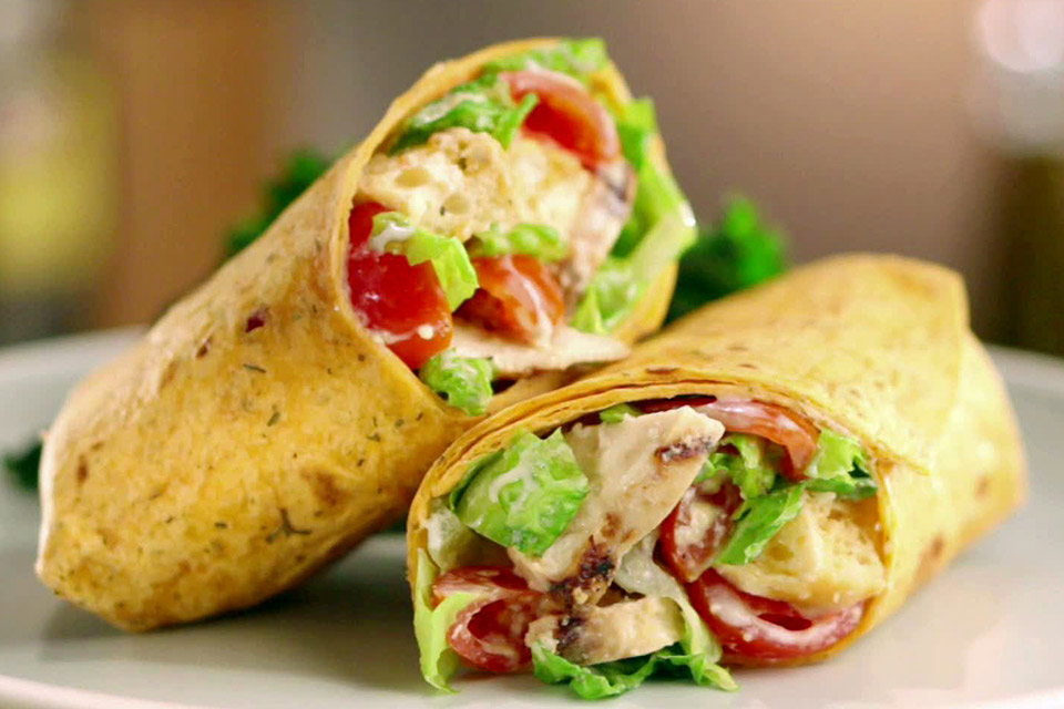 WRAP WITH CESAR SALAD